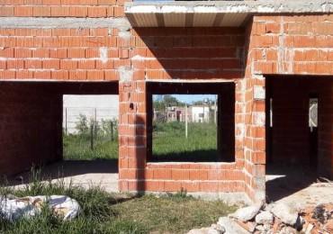 Importante Casa En Construcción